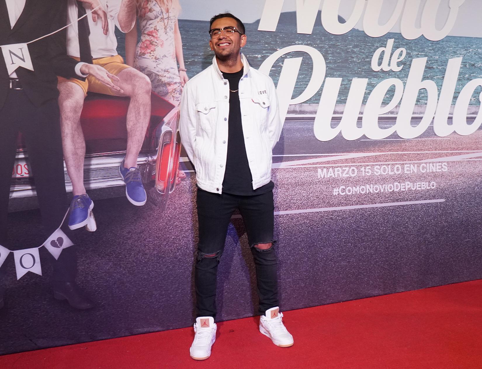"""Cobertura Alfombra Roja   Premiere """"Lo Dejaron Como Novio de Pueblo""""   Marzo 2019"""